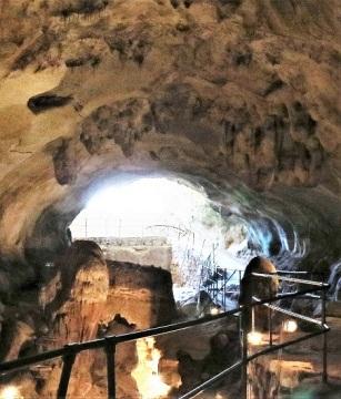 stalactites and StalagmitesIMG_5498