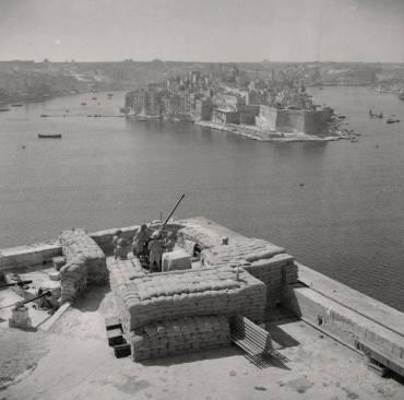 WW II Grand Harbour from Barrakkka bofor WWII