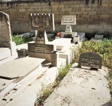 Marsa Jewish cemetery MG_0119-min - Copy